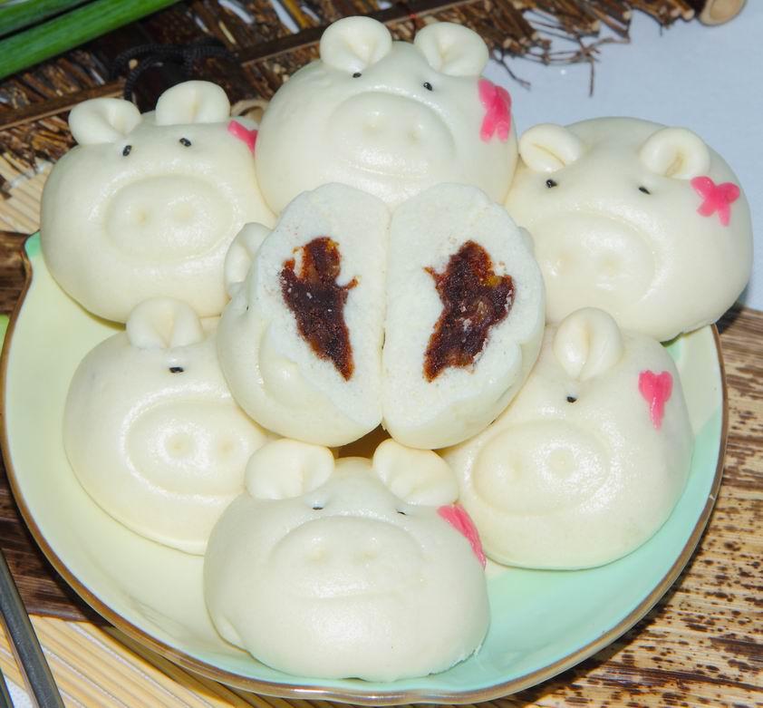 猪脸核桃豆沙包